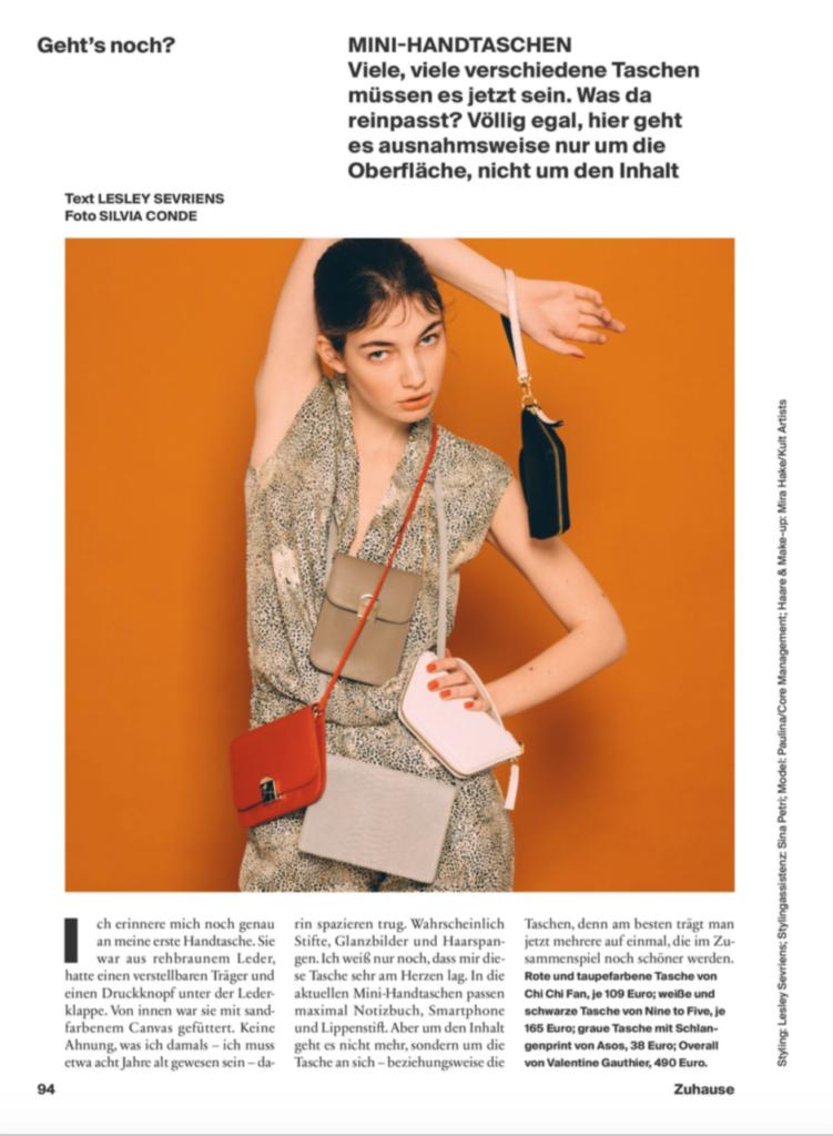 Neon Stilkolumne – Text Lesley Sevriens – Foto Silvia Conde