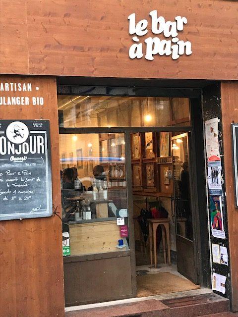 Le bar á pain-glutenfreies-Brot-biologisch-Marseille-nachhaltig-reisen